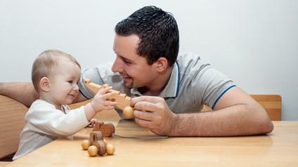 Papas im Vormarsch - über Papawochen und Väterkarenz
