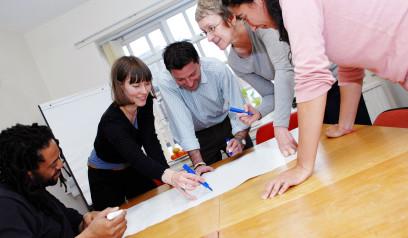 Arbeitsplatzdiven und Ausprobierer - Die Arbeitsplatzerwartungen der Generation Y